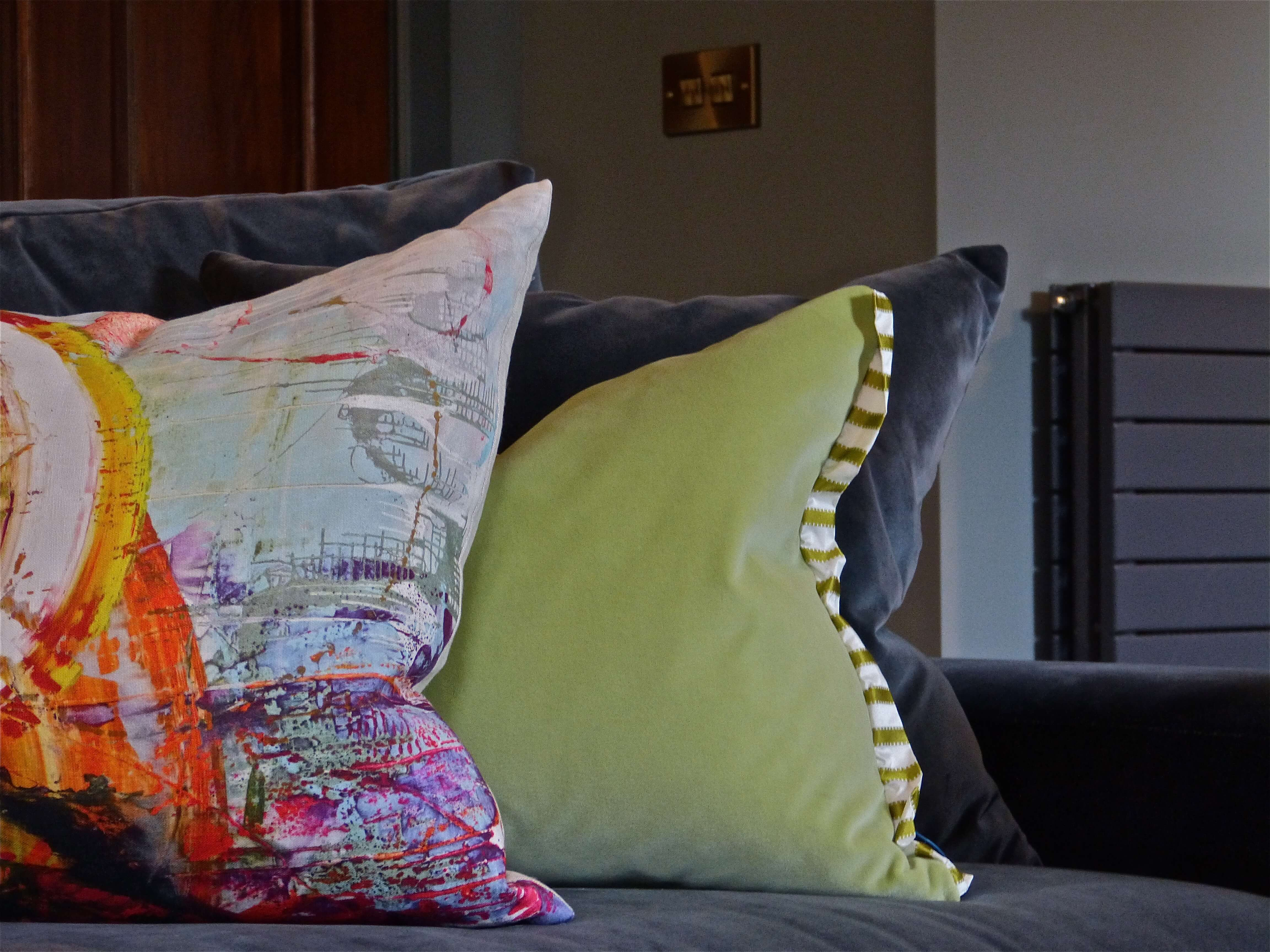 Contemporary sitting room with Jessica Zoob cushion