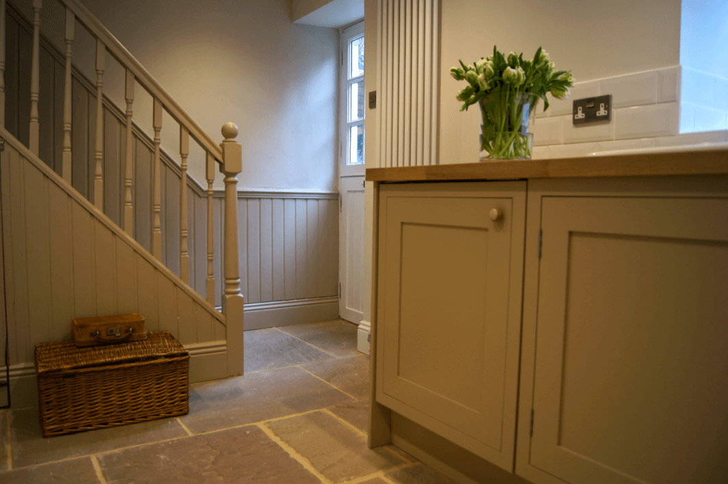 Country Kitchen with woodwork painted in Little Greene Portland Stone Dark