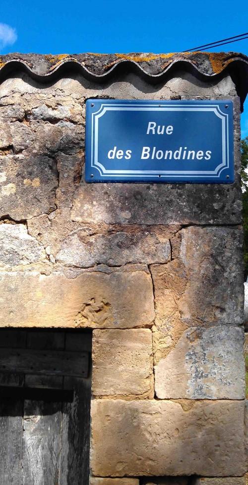Rue des Blondines Phiolin, Nr St Genis