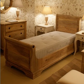 Sleigh bed by Scumble Goosie